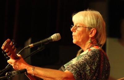 Caroline Blundell